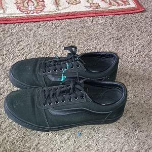 All Black Vans Off the wall shoes
